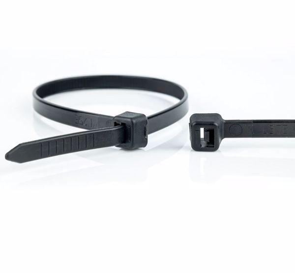 Afbeeldingen van Kabelbinder 200x 4,8mm zwart/ Zak á 100 stuks